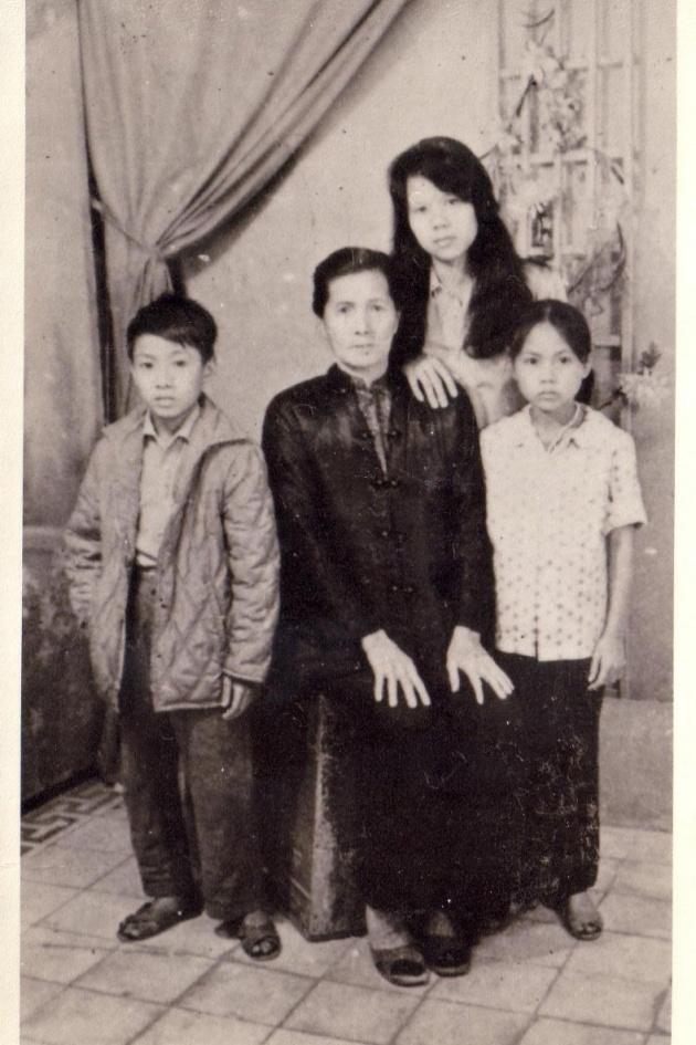 Michael Mach, Yiban