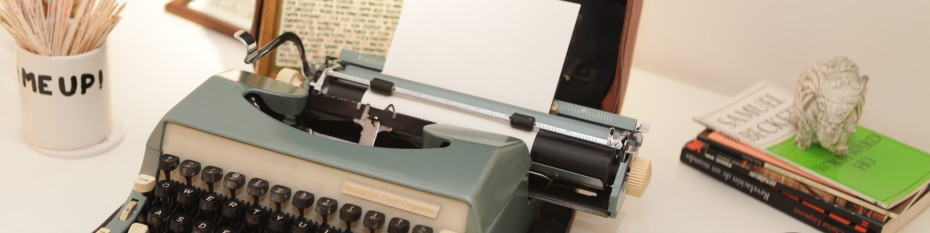 Typewriter with empty page